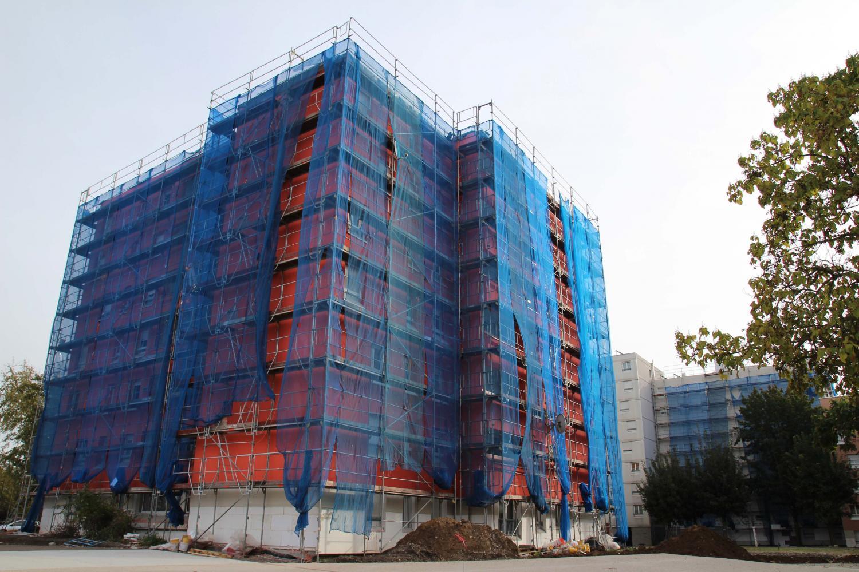 Réhabilitation d'un immeuble place Jean Giono, maille Karine.
