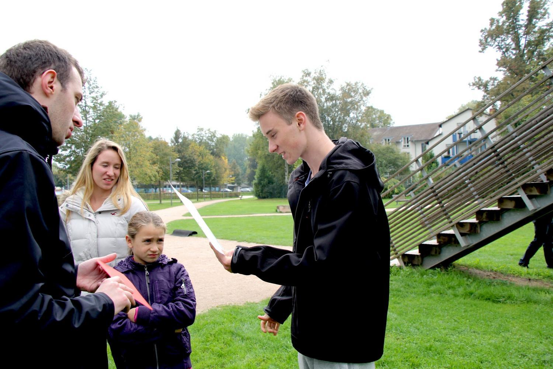 Matthias est arrivé premier de sa catégorie et a reçu un bon d'achat de 50 € dans un magasin de sport.