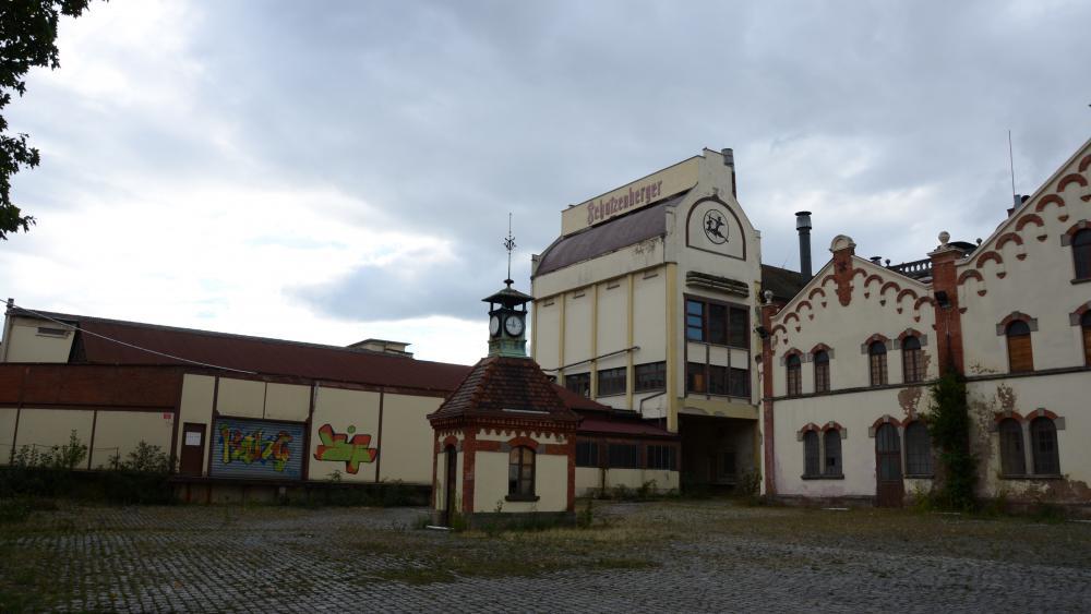 Le devenir des bâtiments historiques reste en suspens.