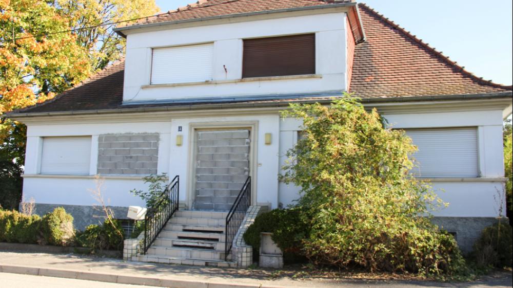 3 rue du Péage, anciens locaux de l'entreprise Naviland, la Ville a racheté les lieux.