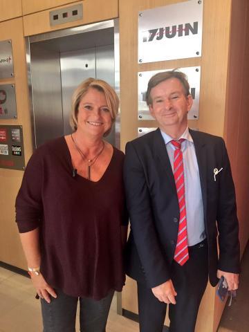 Dr Denis Lambin, aux côtés de Marina Carrère d'Encausse
